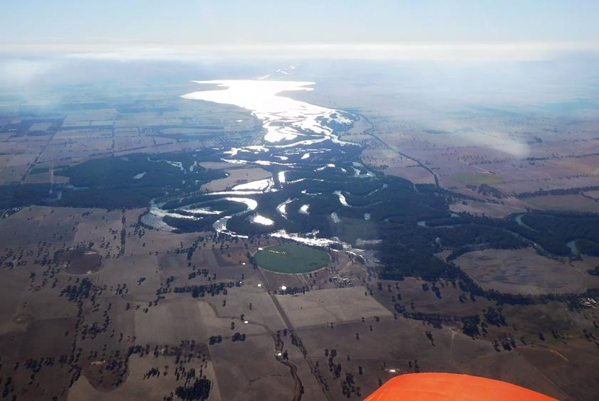 From Corowa, looking west along the Murray and Lake Mulwala (taken on the way home)